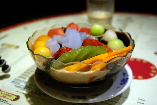 B仔涼粉 / Grassjelly + fresh fruits
