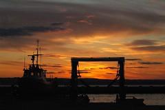 Good Night Boats, Good Night Ducks (makeupanid) Tags: pink sunset orange clouds docks boats hamilton ducks breakwater blueribbonwinner platinumheartaward tncwc52 tootiredtothinkupaclevertitle tootiredtothinkperiod tncwk52