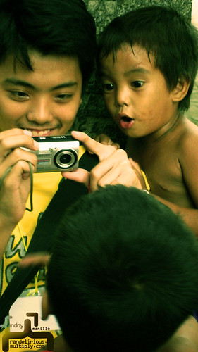 Philippinen  菲律宾  菲律賓  필리핀(공화국) Pinoy Filipino Pilipino Buhay  people pictures photos life Philippines, city, boy, young, camera