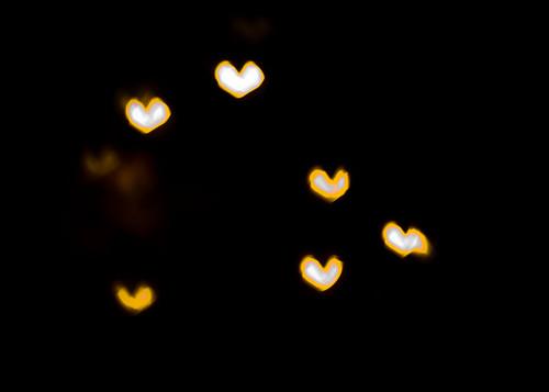 9/365: Heart Bokeh