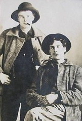 00614 varones (VARONES!) Tags: friends portrait male men hat vintage couple buddies friendship affection cabinet antique coat pals guys smoking card mates affectionate varones