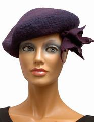 Pict1455.jpg bew. A6 (veraschiedon) Tags: unica hoeden draagbare barettened