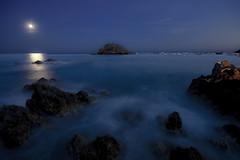 Tossa de mar (david A.F Photography) Tags: sunset españa moon landscape atardecer europa europe girona luna catalunya costabrava cataluña anochecer tossademar emporda espanya sigma1020mm canoneos40d davidafphotography