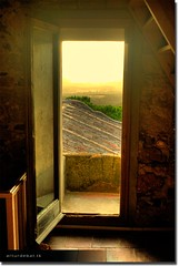 Sunset through the window (arturii!) Tags: light sunset lighthouse hot colour tower window colors beauty stone architecture stairs wow photography dawn photo nice interesting arquitectura europa europe day torre foto place superb traditional august dia catalonia girona finestra views stunning inside catalunya vistas capture pedra costabrava artur catalua castel gettyimages llafranc calor llum estiu castell postadesol tradicional palams tamariu palafrugell escala catalogne summere lloc baixempord fardesantsebasti canoneos400d fortificaci amazinga arturii arturdebattk wesoem batc