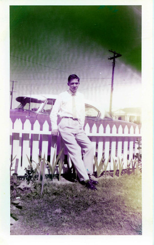Uncle Jack & His Pontiac, Augusta, Georgia, circa 1954, photo © 2008 by QuoinMonkey. All rights reserved.