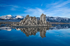 Mono Lake Morning (jauderho) Tags: california original topv111 canon us unitedstates 5d monolake 2007 1635mm jauderho golddragon monolakestatepreserve roadtripdecember2007 jhoshow