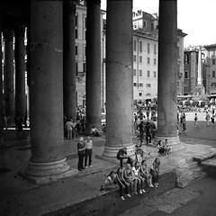 piazza del pantheon () Tags: blackandwhite italy white black andy italia andrea pantheon andrew piazza bianco nero biancoenero benedetti