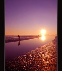 so violet (lorytravelforever) Tags: sunset bravo tramonto bec caorle addictedtoflickr outstandingshots brussa superaplus aplusphoto cannolicchi lesamisdupetitprince artofimages capelonghe bestcaptureaoi