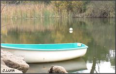 Barca (J.Luna) Tags: barca cordoba córdoba embalse jaras