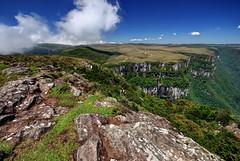Fortaleza Canyon - Brazil (Roberto Peradotto) Tags: brazil rio brasil landscape grande nikon do day sigma paisaje paisagem canyon clear 1020 sul d60 cambar gauchas serras