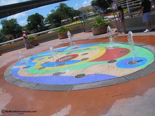 IMG_1707-WDW-EPCOT-promenade-fountain