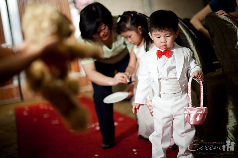 [婚禮紀錄]輝宏&欣怡婚禮攝影午宴_074