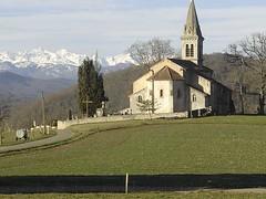 Église et montagne