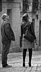 Toledo Fashion Week (la mirada del licantropo ( ngel Martnez )) Tags: street calle nikon chica toledo tacones elegante empedrado robado d90 licantropo incomodo nikon18200mmvr licantroposoy lamiradadellicantropo amartnezc2011