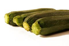 Four Zucchini (.and+) Tags: life light food white verde green vegetables studio four still market andrea background fresh zucchini mercato bianco cibo sfondo verdura canonefs1855mmf3556