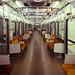 無人の地下鉄車輌