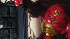 Spiderman vs. Hulk + Iron Man 2 (RastaRiz) Tags: toy fight spiderman battle hulk figures toybiz hulkbuster
