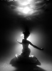 the dark knight (david_CD) Tags: girls portrait bw pool fashion silhouette kids swim children underwater dress dive losangles childish lightroom bwdreams lightonkids favekids