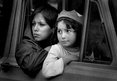 Mother and daughter (Carlos Ebert) Tags: sadness la looking daughter mother paz bolivia soe golddragon bnritratto aplusphoto