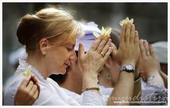 Religion is for Peace (Bali Based Freelance Photographer and Photo Stocks) Tags: bali work canon indonesia eos photographer pray culture made tradition hindu 2008 freelance peacefull adat budaya balinese fotografer unik yudis baliview baliphotographer yudistira isawyoufirst myudistira madeyudistira yudist myudistiraphotography