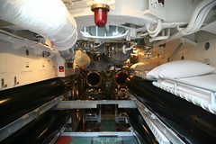 Forward Torpedo Room (cliff1066) Tags: bridge museum hawaii oahu navy submarine worldwarii pearlharbor missile torpedo harpoon controlroom poseidon usnavy officer wahoo engineroom polaris galley ussmissouri deckgun antiaircraft caliber ballistic navigationsystem parche ussbowfin historiclandmark conningtower wardroom battleflags submarinemuseum quadgun