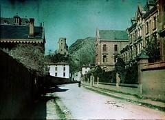 Vue sur le château de la rue du Lycée, Foix, by bibliothequedetoulouse