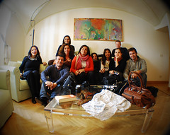 Un Gruppone Tutto Speciale (Illusiontom) Tags: nikon flickr group meeting holly firenze nikkor pandora 2008 gruppo d80 illusiontom novianna sfidephotoamatori enik serrabianchi namona mariobertocchi matidio 1870fisheye amemaida