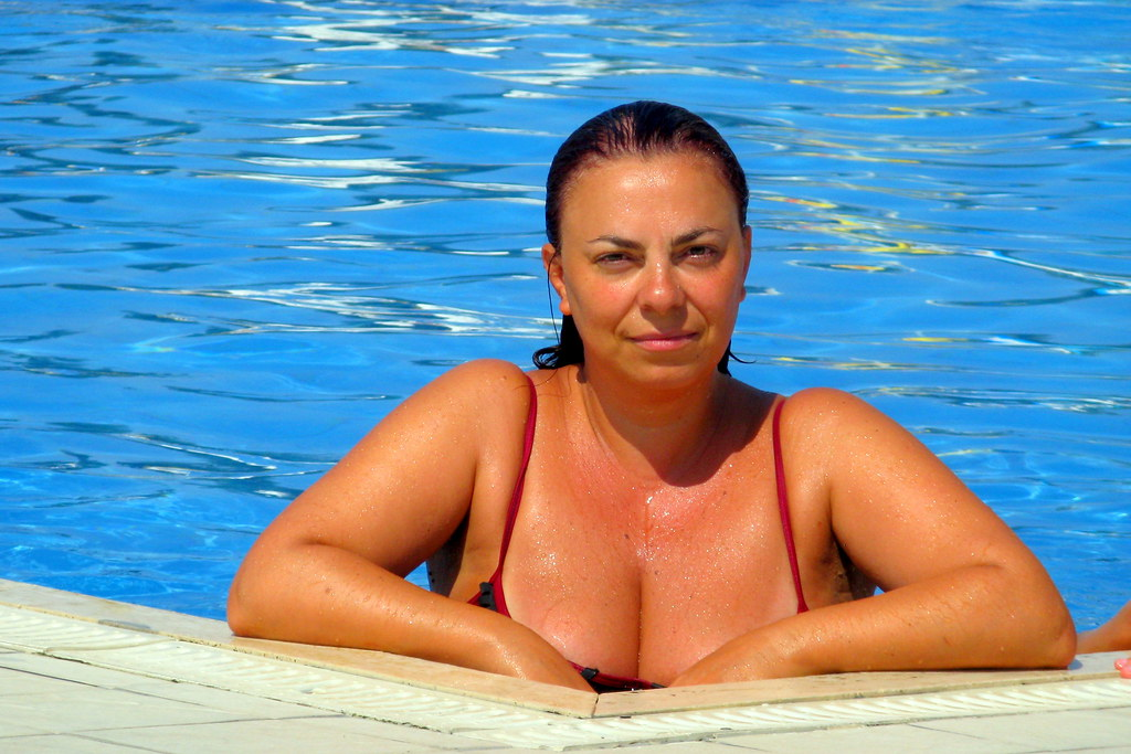 Wife pool pictures 12