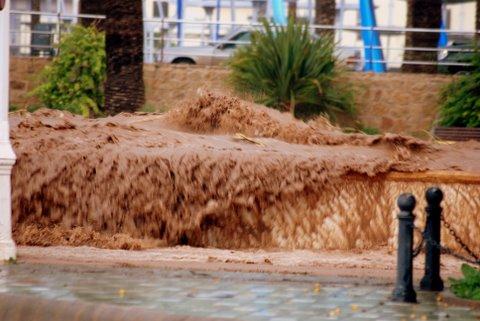 fuertes lluvias y temporal 26-10-2008 091