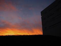 (fusion-of-horizons) Tags: sky architecture sunrise campus de photography photo fotografie photos cincinnati thom uc mayne morphosis arhitectura arhitectur archisky universityofcincinnatirecreationcenter