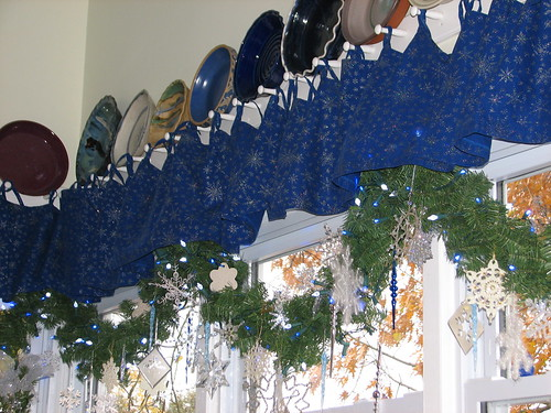 kitchen windows garland
