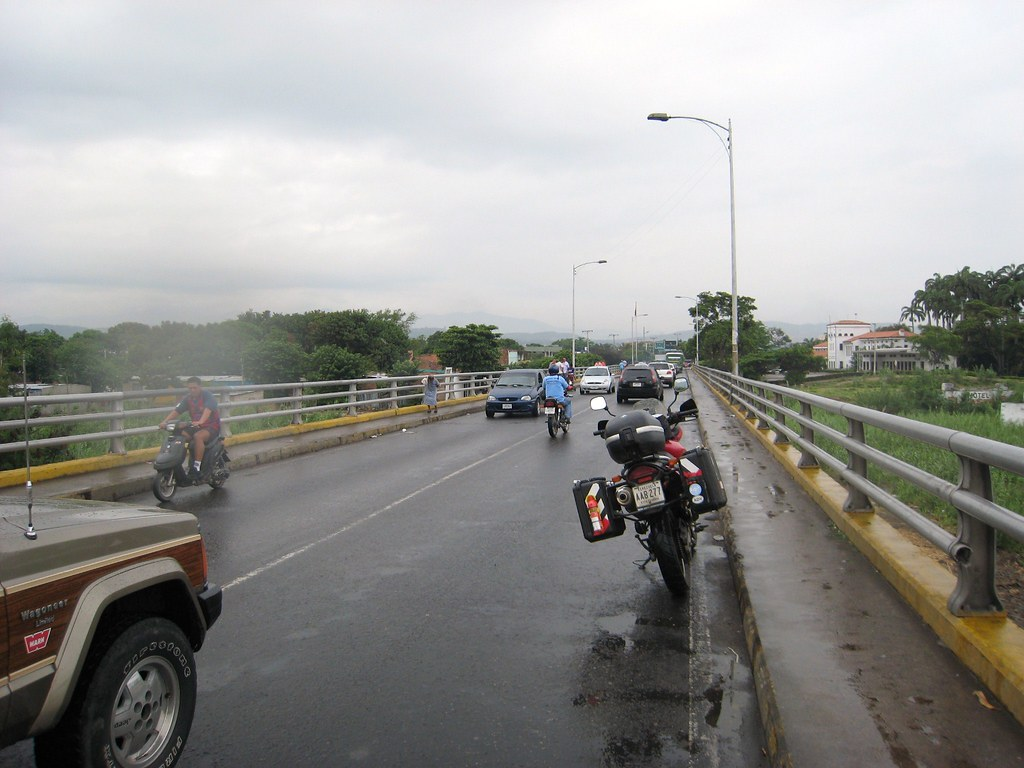 san antonio del tachira buddhist singles In this july 17, 2016 file photo, venezuelans wait in line to cross into colombia through the simon bolivar bridge in san antonio del tachira, venezuela.