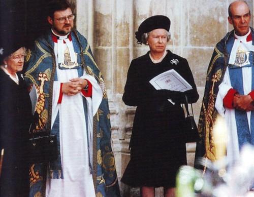 princess diana funeral queen. Princess Diana#39;s funeral