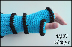 Tubular Fingerless Gloves - Black and Blue