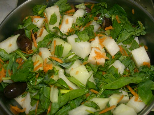 psares and kohlrabi salad