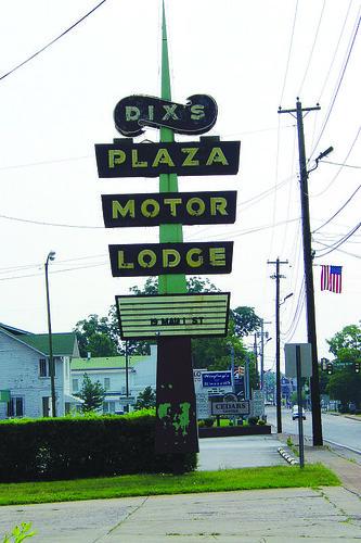 Dix's Plaza Motor Lodge - U.S. 70, Lebanon, Tennessee