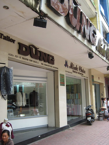 Dung Tailor