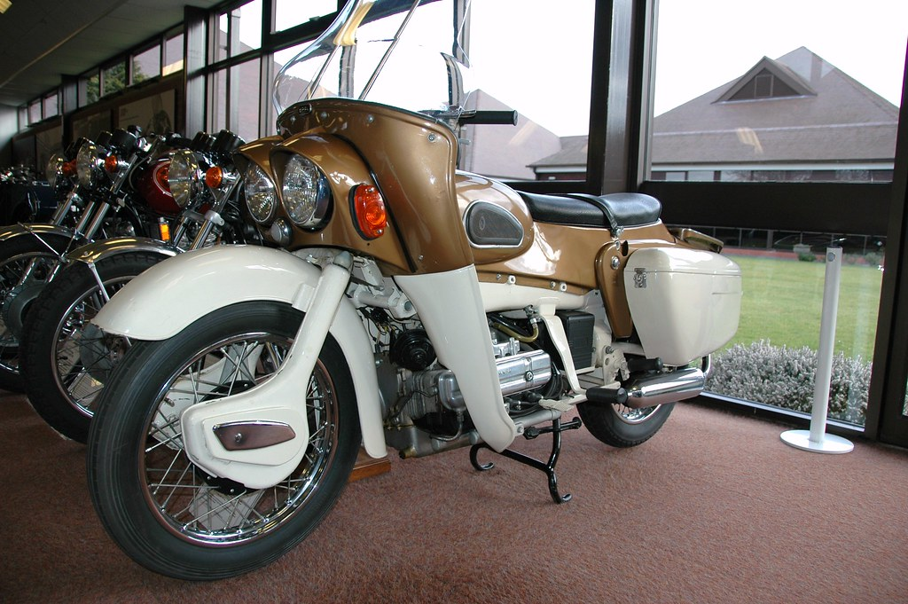 154 = 1962 Ariel 700cc Four-Cylinder Prototype (696cc Inline Four Cylinder OHV) Electric Start