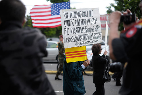 110619_VietnamProtest_03_sm