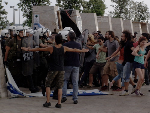 Greek riot police storming Los Indignados encampment - Thessaloniki, Greece