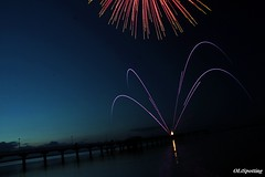Firework.....! (OL_PHOTOGRAPHY) Tags: show blue red sea sky green rot water clouds canon fire eos evening amazing cool purple top great fast sigma super firework lila h toll tage nico ostsee mega eastsea feuerwerk seebrcke genial stativ polfilter 18200mm eor 40d carparazzi streetexoticsnet eoticsonroad