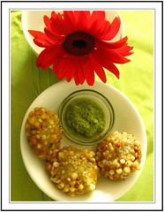 Sabudana vada (shubhangi athalye) Tags: red food india green indian homemade gerbera snack maharashtra savoury chutney indianfood vada sabudana maharashtrian faraal sabudanavada upvaas