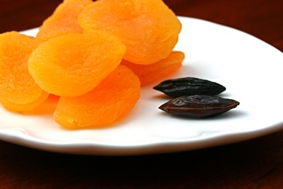 tonka beans and apricot