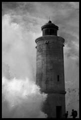 Phare de Cassis (cedricR) Tags: blackandwhite lighthouse sepia noiretblanc provence cassis phare gbr themoulinrouge multimegashot poseidonsdance