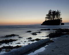 First Shot with a Proper Camera (johnchow) Tags: longexposure sunset beach washington nikon tide parks olympicpeninsula vancouverisland filter d200 tidal saltcreek cokin bulbmode ndgrad lowlevellight jogormanwastheretoo