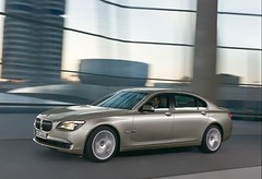 2009 BMW 7 Series pictures 1