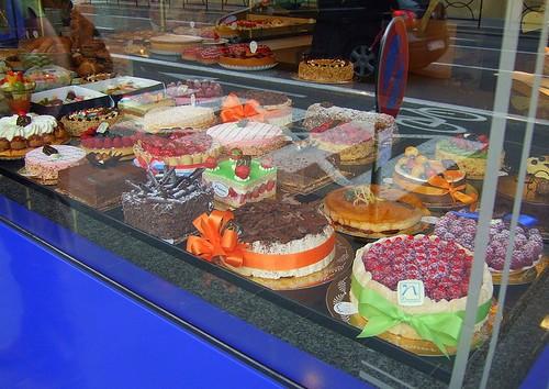 Lux cakes 1