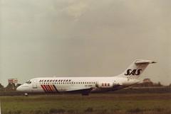 Douglas DC9-21  SAS  SE-DBR (Den Batter) Tags: minoltax700 spl sas schiphol dc9 eham mcdonnelldouglas 01l19r 18c36c sedbr dc921