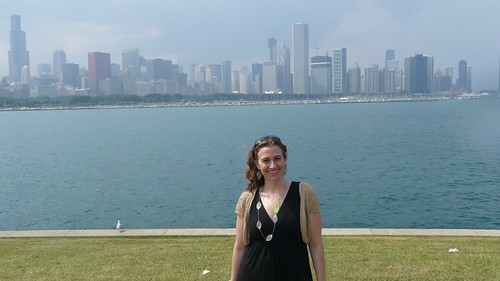 Jessica in front of downtown Chicago
