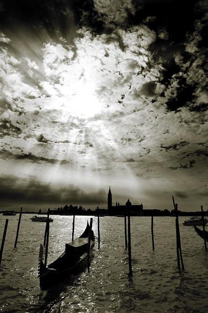 venice italy sun reflection church water clouds italia chapel lagoon explore mooring gondola pilings sunrays venezia grandcanal sanmarco adriaticsea moorings sangiorgiomaggiore pilars venicelagoon artlegacy anabadili
